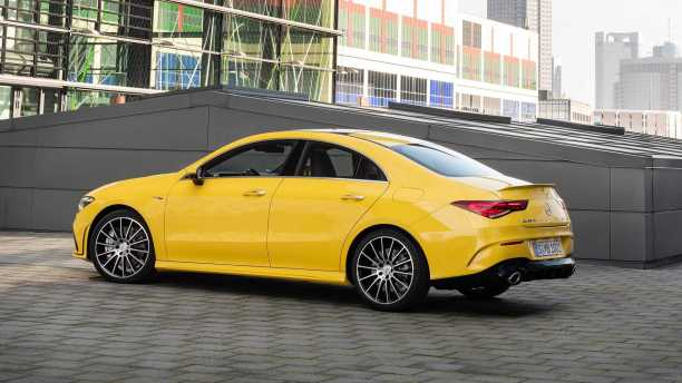 2020-mercedes-amg-cla-35-coupe-10