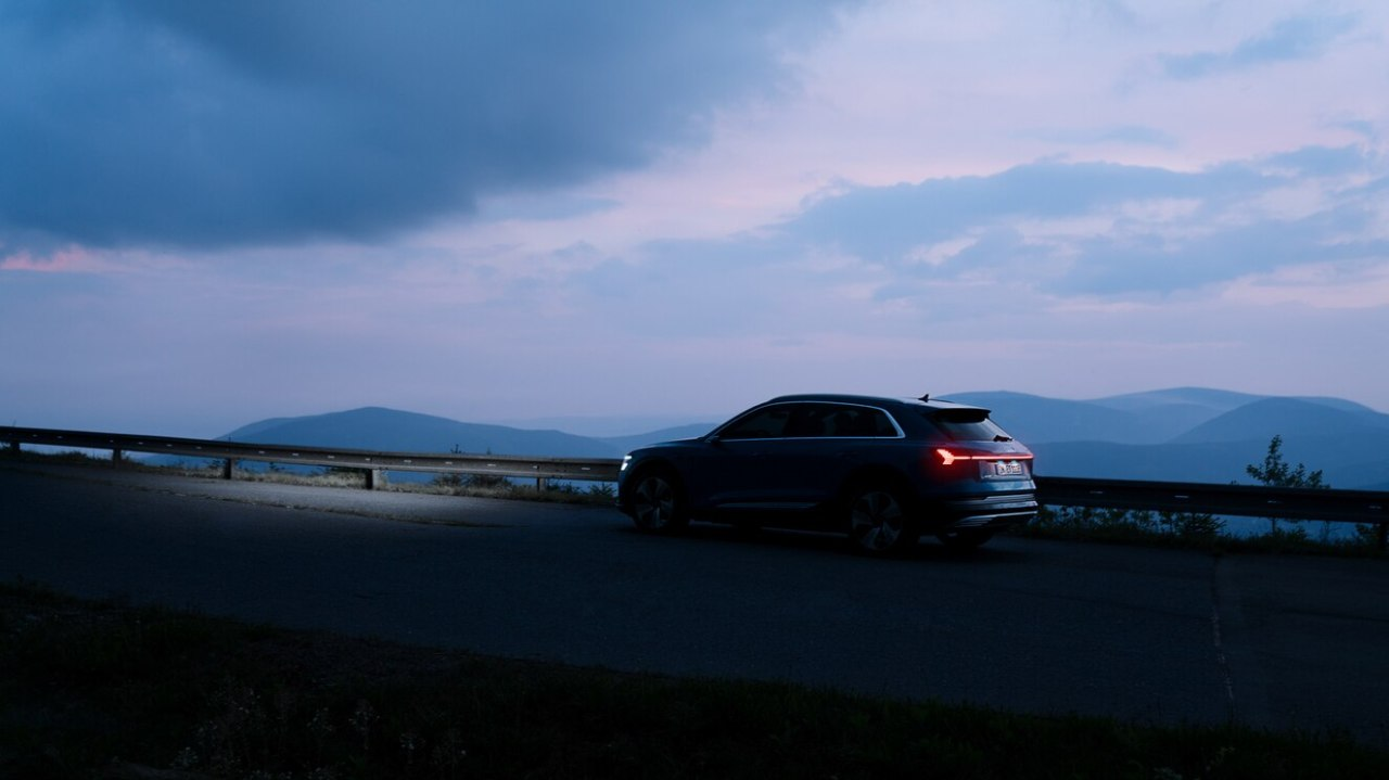 Audi E-tron & Mercedes Benz EQC: German goneelectric