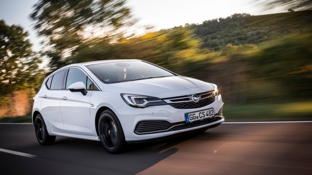 opel-astra-opc-line-sport-pack