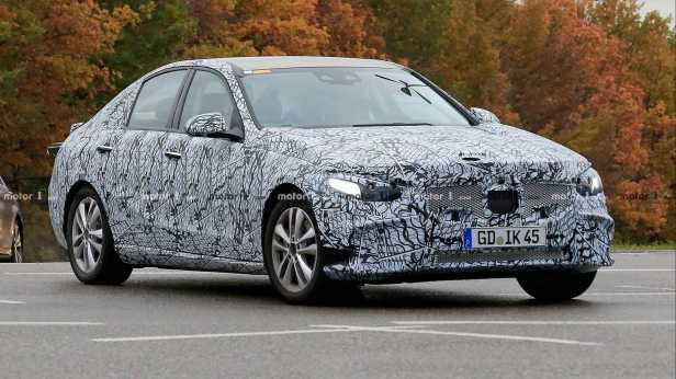 2020-mercedes-benz-c-class-spy-photo