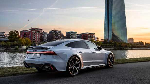 2020-audi-rs7-sportback-in-glacier-white-1