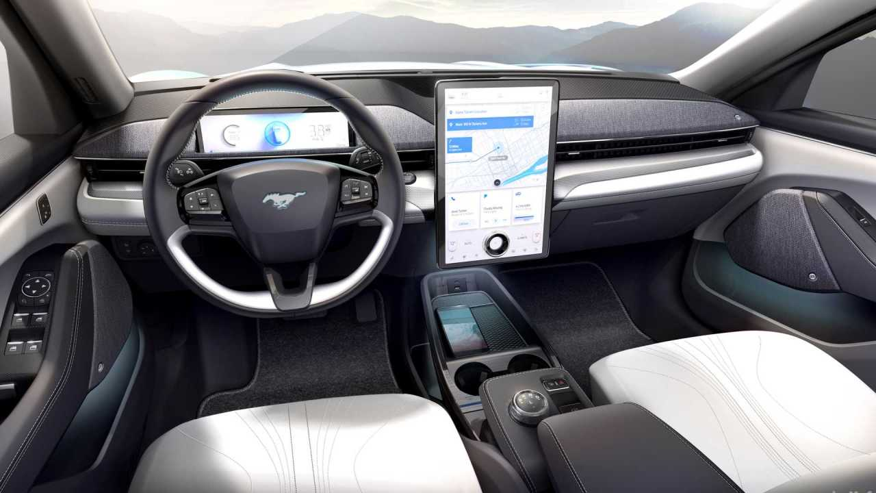 2020-ford-mustang-mach-e (1)