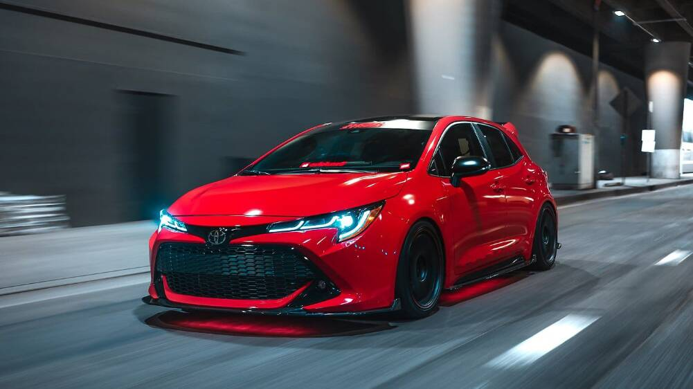 2019-Toyota-Corolla-Hatchback-SEMA-Super-Street-3272