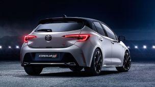 Toyota-Corolla-GR-Sport-bigMobileWide-7d7fb4ef-1431007