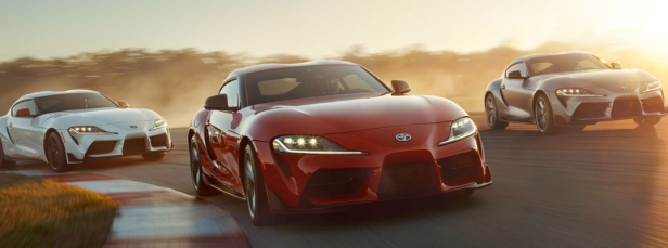 2020-Toyota-Supra-in-White-Red-and-Gray-Paint-Colors_o