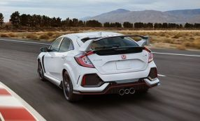25-cars-worth-waiting-for-honda-civic-type-r-inline2-photo-677813-s-original