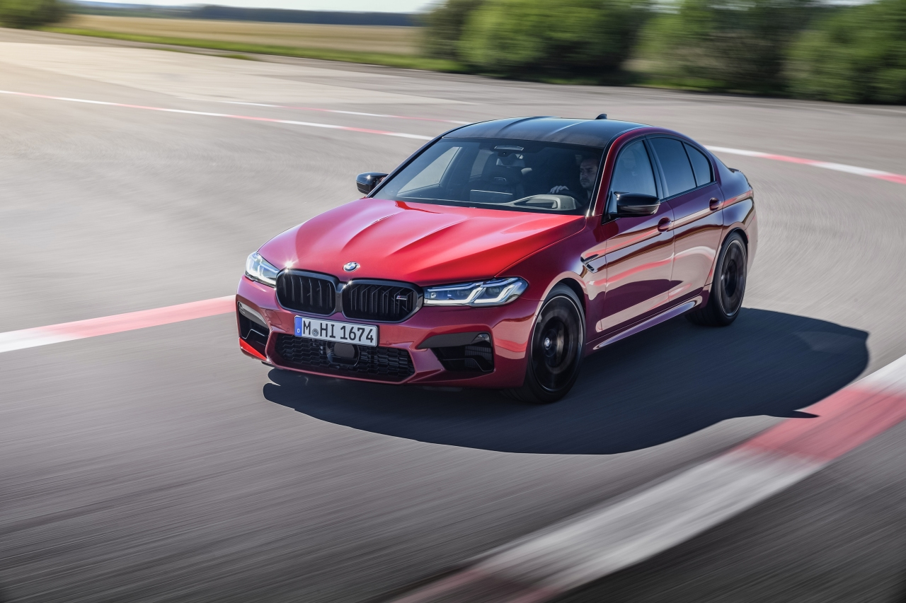 P90391309_highRes_the-new-bmw-m5-compe