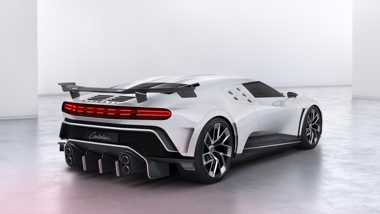 2020-Bugatti-Centodieci-002-1080