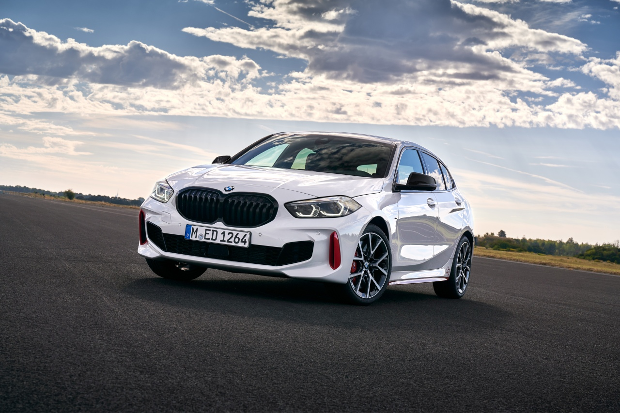 """The BMW 128ti Is A Front-Wheel Drive """"Golf GTIRival"""""""